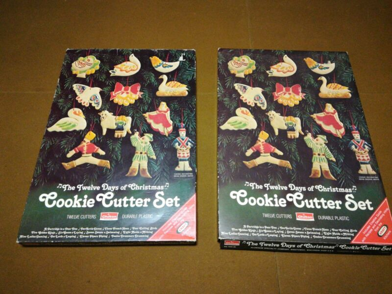 Vintage 1978 Chilton The Twelve Days Of Christmas Cookie Cutter 12ea lot of 2