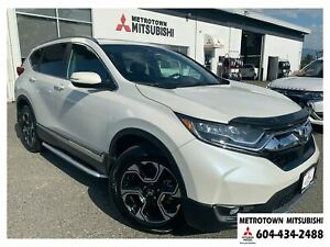 2017 Honda CR-V Touring, Low Kms & local, One owner