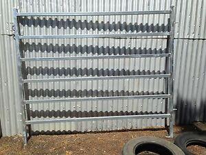 6 Rail Cattle Panels Armidale Armidale City Preview