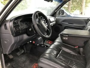 Dodge Ram 2500 - PRICE DROP DAILY. NEW PHOTOS.