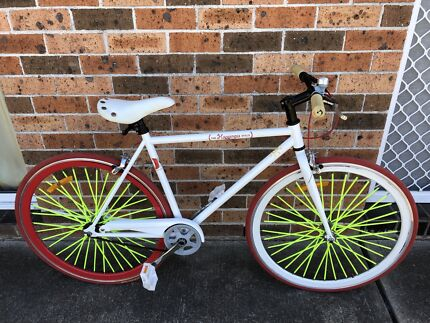 As new single speed fixie opollo very smooth bike