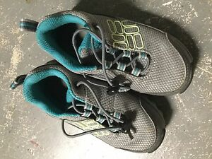 Columbia runners running shoes sneakers size 9