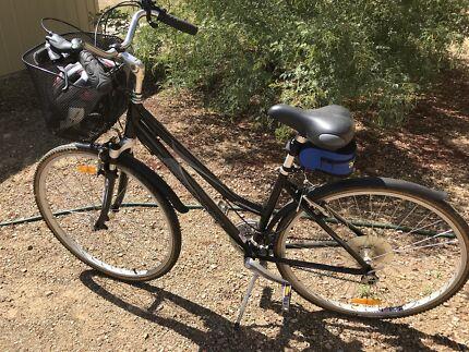 Mongoose Ladies Bike