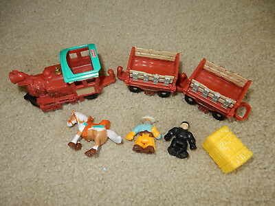 Geotrax Rope Ride N Ranch Stable Train Car Cowboy Horse Hay Plus extras