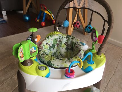 Exersaucer baby activity centre