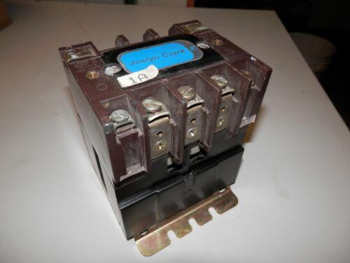 JOSLYN CLARK CONTACTOR T77U031 30 AMP 600 VAC NEMA SIZE 1 TB159-3 COIL 440-480V
