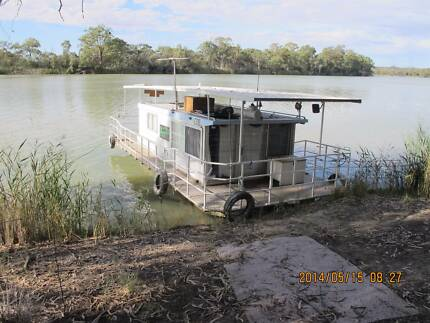 Houseboat for sale,Ideal 2 person very economical and practical Berri Berri Area Preview