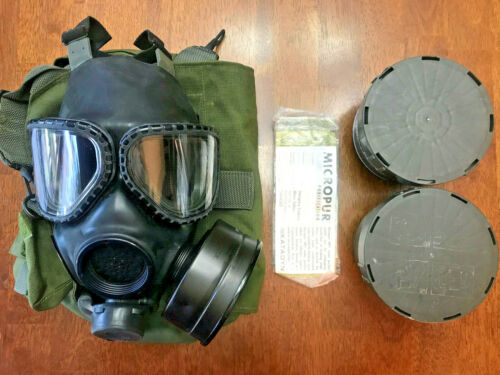 Military Gas Mask w/ storage bag, 2 canister filters