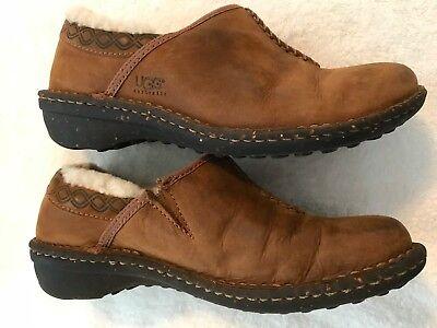 UGG Australia Bettey 5747 Sheepskin Leather Mule Clog Shoe Slip on Size 7, used for sale  Las Vegas