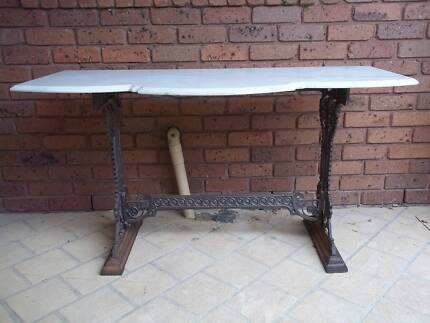 Cast Iron   Marble Garden Table   pick up in Geelong. hall table in Geelong Region  VIC   Home   Garden   Gumtree
