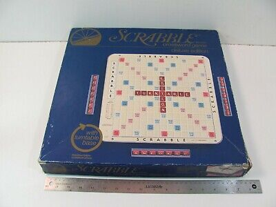 SCRABBLE DELUXE EDITION TURNTABLE VINTAGE 1977 COMPLETE NICE!
