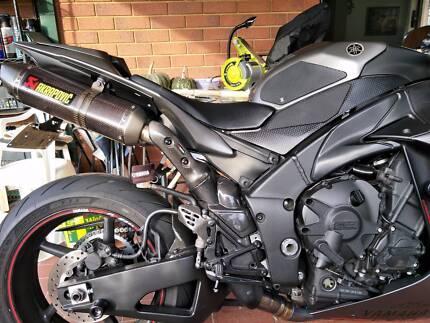 2012 Yamaha YZF R1 Crossplane Big Bang Super Sports Motorcycle