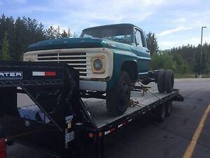 1967 F600 DUALLY CUSTOM CAB