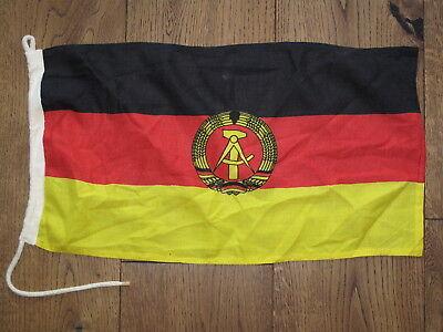 Alte Flagge für Schiffe der DDR Fahne Marine