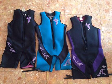 Men's buoyancy waterskiing wetsuits Langwarrin Frankston Area Preview
