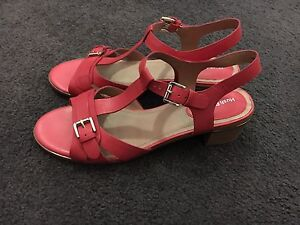 Clarks US 10 Kadey Hibiscus Sandals for Sale Potts Point Inner Sydney Preview