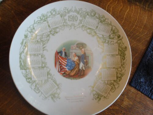 """1910 """"Schempf Brothers Co., The Big Cash Store, Watertown, Wisc"""" Calendar Plate"""