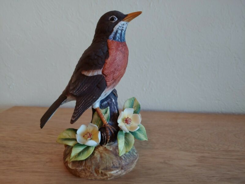 """Robin By Stefani Porcelain Figurine Statue Bird decorated with flowers 6"""" Tall"""