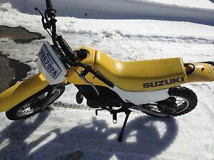 Suzuki ds 80 en très bonne état