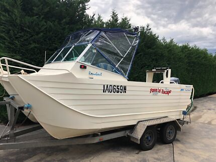 Webster's twinfisher Runabout 5.2
