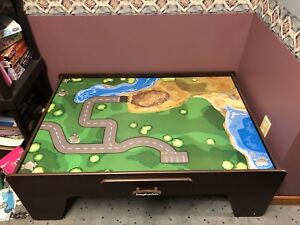 Imaginarium Table and Train Set