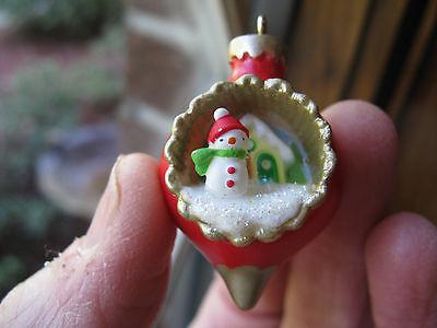 2015 Hallmark A World Within Christmas Miniature Mini Ornament #1