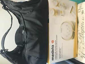 Fantastic condition Medela Sonata plus bonus accessories