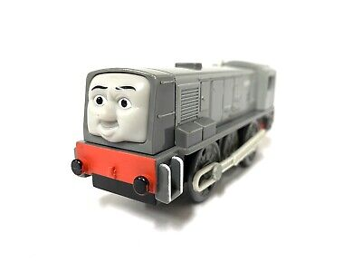 2009 Dennis Thomas and Friends Trackmaster Motorized Engine Train Working