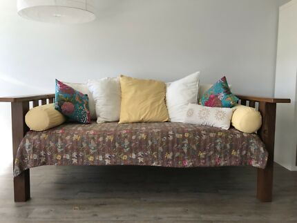 Day Bed With Futon And Bolsters