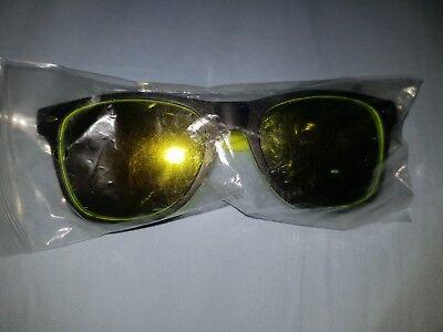 Schicke, gelb verspiegelte Sonnenbrille, neu, originalverpackt