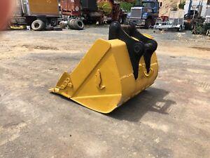 20 ton excavator gp bucket Heybridge Central Coast Preview