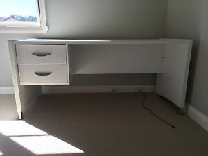 White desk Northbridge Willoughby Area Preview