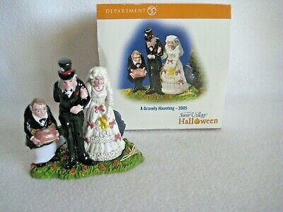 Halloween Wedding Ceremony (2005 Dept 56