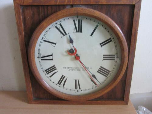 "Vintage Standard Electric Time Co Oak case wall clock 15.75"" WORKS"