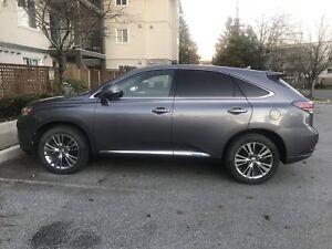 Fully Loaded 2013 Lexus RX 450H (low mileage)
