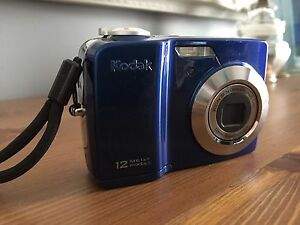 Kodak blue camera 12 mega pixels