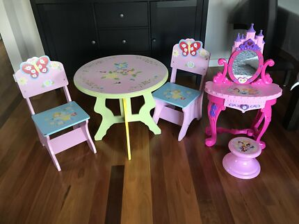 Girls Wooden Floral Table Set + 2 chairs BONUS dressing table