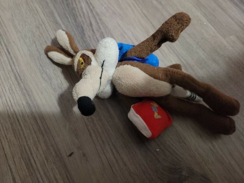 Looney Toons WB Exclusive 1999 Sept. School Day Wile E Coyote Mini Bean Bag