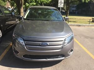 2012 Ford Fusion..Low km.. no rust no issues, alloy rims