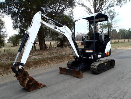 2014 BOBCAT 324M MINI TIGHT ACCESS EXCAVATOR CATERPILLAR KOBELCO