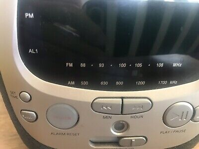 Philips Magnavox AJ3910/37 Alarm Clock CD Player Radio