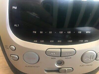 Philips Magnavox AJ3910/37 Alarm Clock CD Player Radio