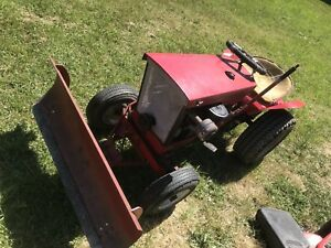 "Clean 1966 Simplicity Landlord 48"" Riding Lawn Tractor Mower"