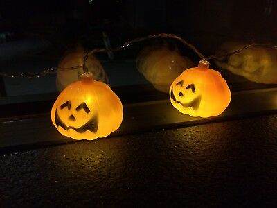 Halloween Kürbis Lampion 10 er LED Lichterkette Batterie - Halloween Innen Dekoration