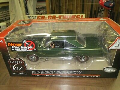 1967 Dodge Coronet R/T-Highway 61 Collectible Models-1:18 Scale