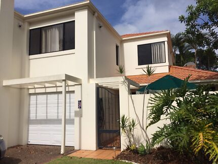 AFFORDABLE & SIZEABLE TOWN HOUSE NEAR GOLF COURSE AND SHOPPING VI