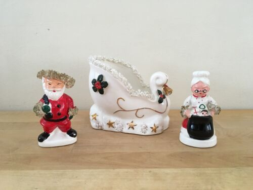 Napco Vintage Christmas Spaghetti Trim Ceramic Salt & Pepper Shakers + Sleigh