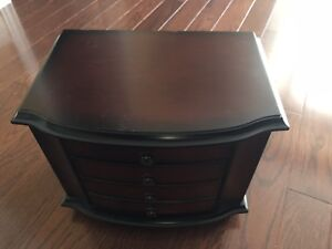Jewelry storage box-never used