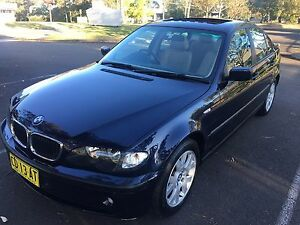 BMW 318i 2002 auto leather sunroof clean clean Beaumont Hills The Hills District Preview