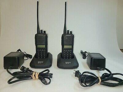Two Kenwood Tk-380 Uhf 470-512 Mhz 250 Ch 4 Watt Radios With Clip Charger